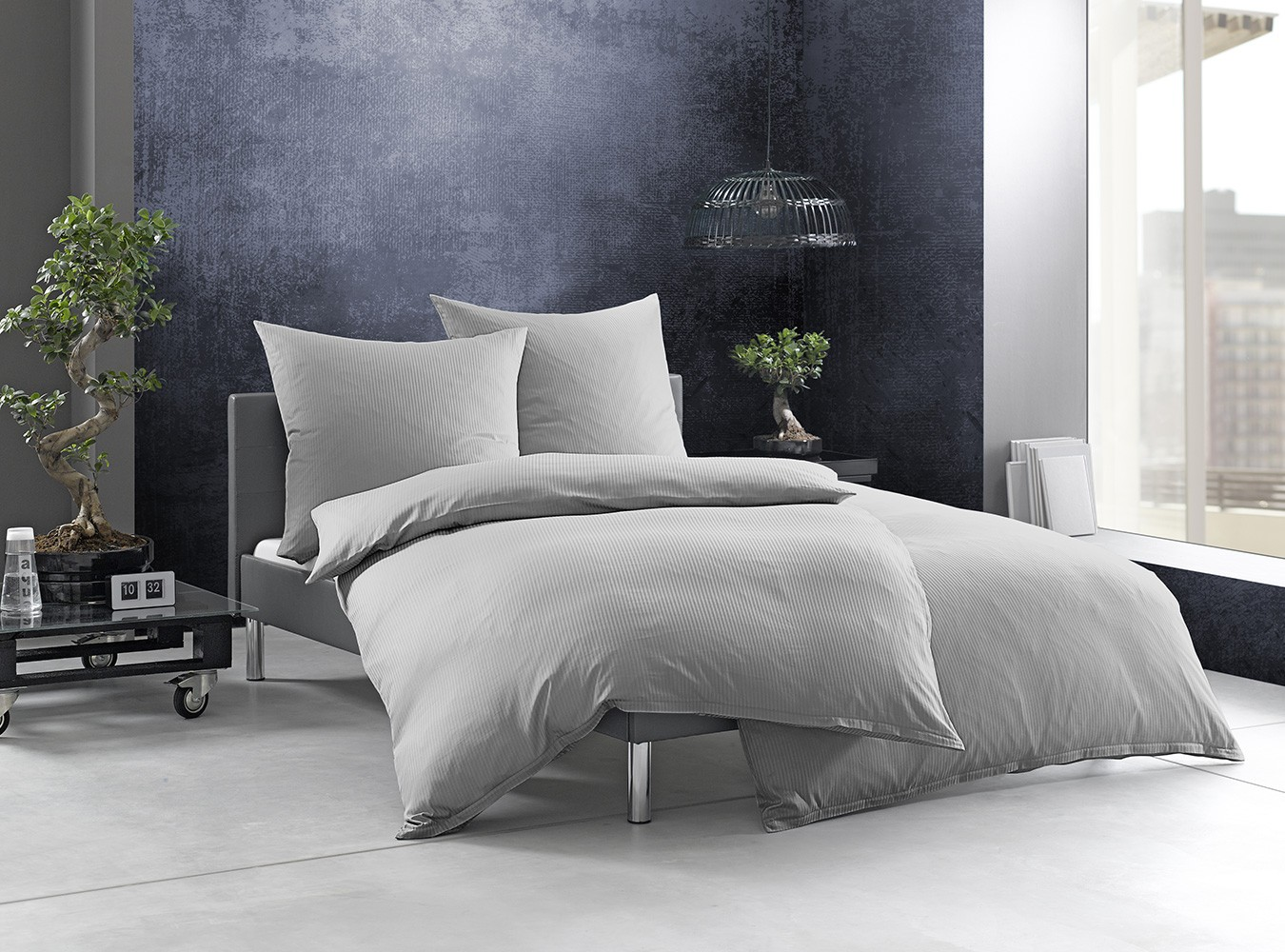 gestreifte bettw sche grau bettwaesche mit stil. Black Bedroom Furniture Sets. Home Design Ideas