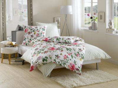 Mako Satin Blumen Bettwäsche Vögel + Schmetterlinge von Bettwaesche-mit-Stil