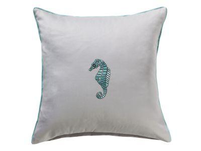 Bestickter Mako-Satin Kissenbezug hellgrau mit Seepferdchen in türkis und Paspel