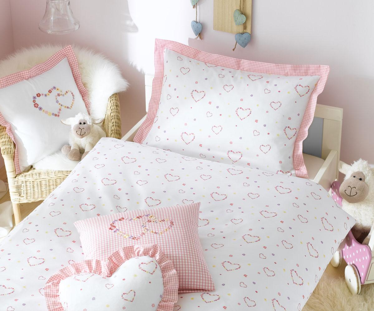 lorena kinder bettw sche lilly mako satin herzen bettw sche mit stil ihr shop f r. Black Bedroom Furniture Sets. Home Design Ideas